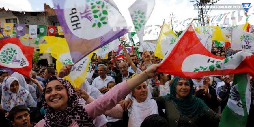 HDP'yi eleştirmenin tam zamanı!