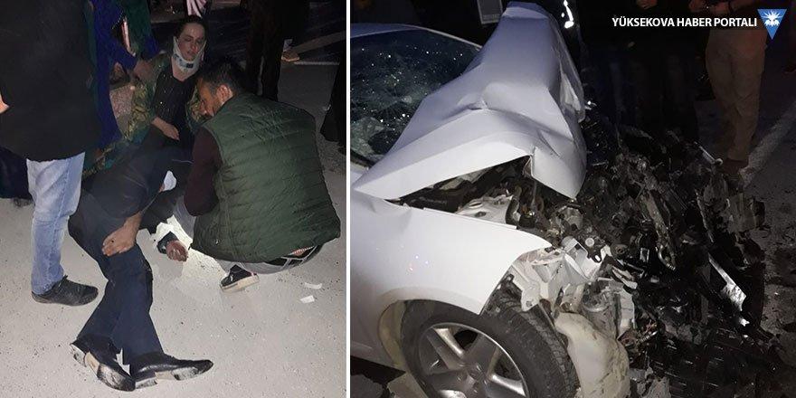 Van yolunda kaza: 1 ölü, 18 yaralı