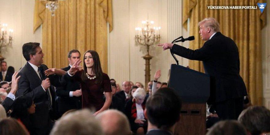 Trump'la tartışan muhabirin Beyaz Saray'a giriş izni askıya alındı