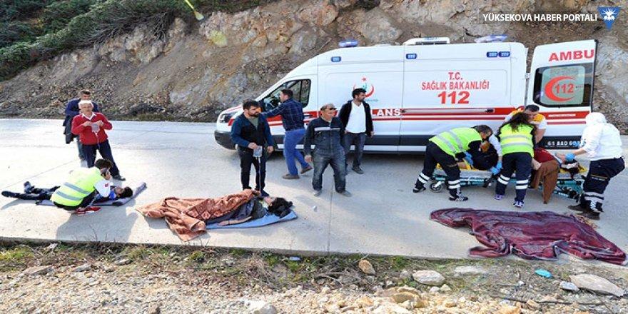 Otomobil 70 metrelik şarampole yuvarlandı: 5 yaralı
