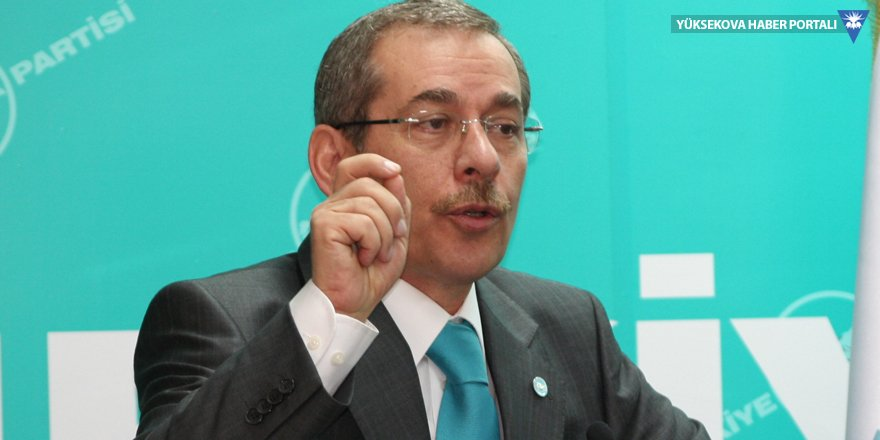 Abdüllatif Şener İstanbul için kapıyı açık bıraktı