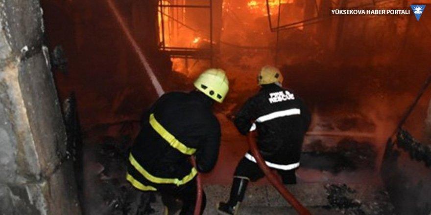 Kerkük'te yangın: 400 işyeri kül oldu