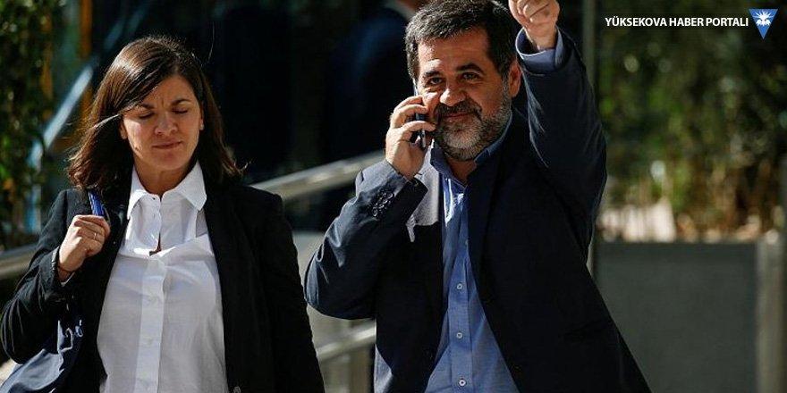 Katalonya'nın bağımsızlığını savunan iki lider cezaevinde açlık grevine başladı