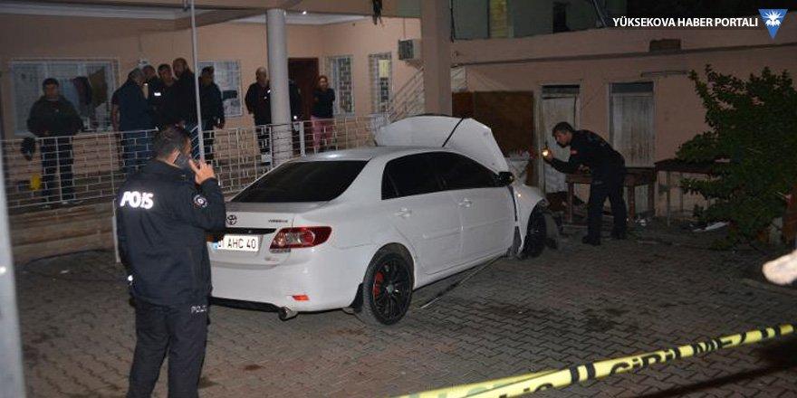 Otomobile bombalı saldırı