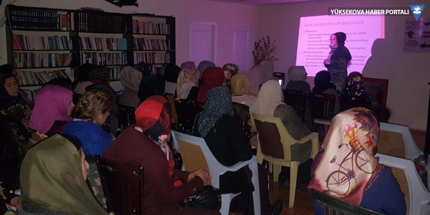 Şemdinli Nujin Kadın Merkezinden kadınlara seminer