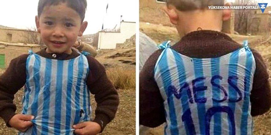 """""""Küçük Messi"""" ve ailesi Taliban tehdidi nedeniyle yaşadıkları şehri terk etti"""