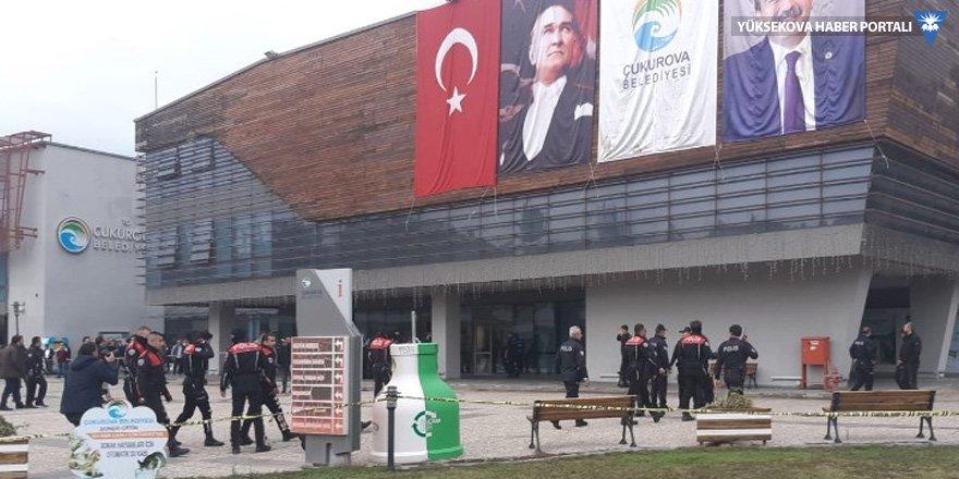 Çukurova Belediyesi'nde saldırı: 2 kişi hayatını kaybetti