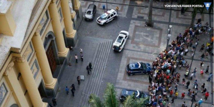 Brezilya'da katedrale silahlı saldırı: 5 ölü