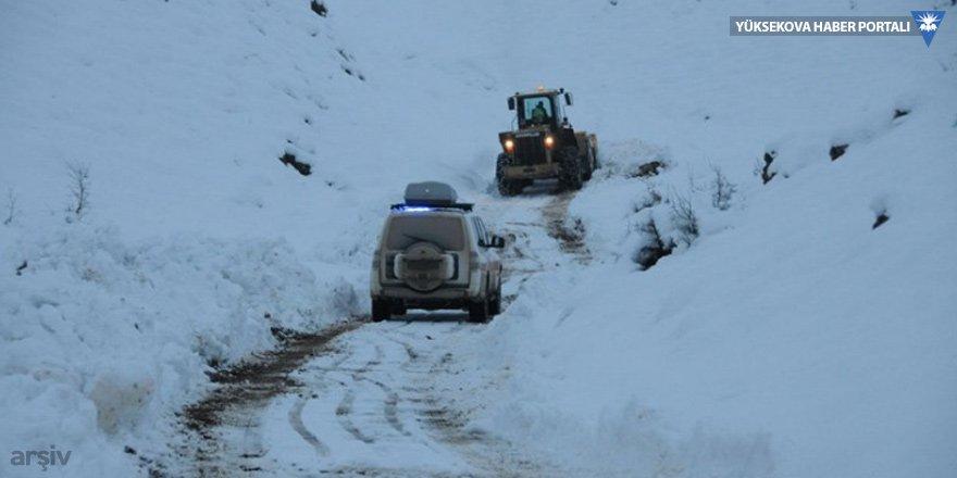 Hakkari'de 2 köy ile 6 mezra yoluna ulaşım yok!