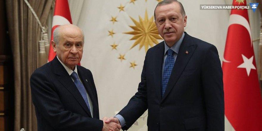 Murat Yetkin: Bahçeli'nin önerisi Erdoğan'a ve çoğulcu demokrasiye bir tuzak gibi duruyor