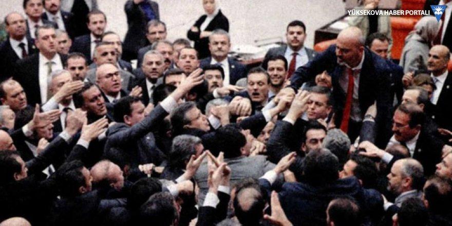 Meclis'te 'Ankara tren kazası' kavgası: Sizin yüzünüzden oldu