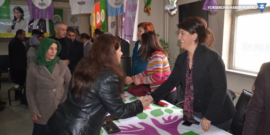 Pervin Buldan Yüksekova'da: Kayyumları Ankara'ya göndereceğiz