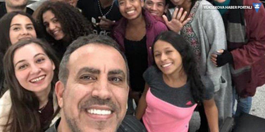Havalimanında kalan Kolombiyalı dansçılar otele yerleştirildi; uçak biletleri için de Haluk Levent devreye girdi