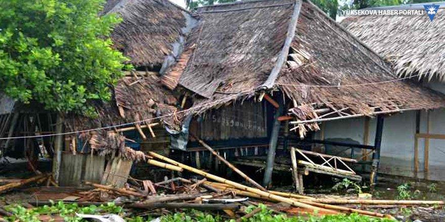 Endonezya tsunami: 168 ölü