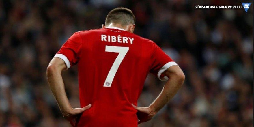 Ribery'ye altın kaplama et cezası