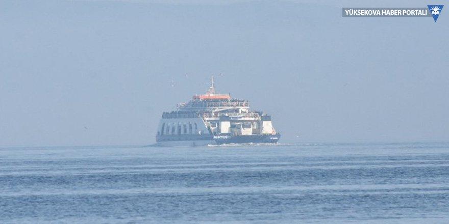 Samsun açıklarında gemi battı: Üç mürettebat kurtarıldı