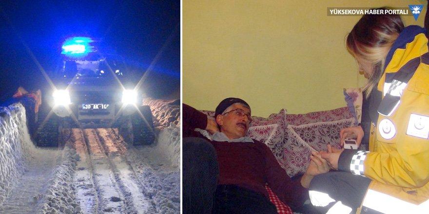 Yüksekova'da hasta kurtarma operasyonu: Şeker hastası için seferber oldular!