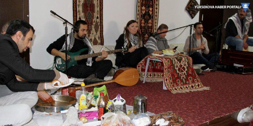 Şemdinli'de öğretmenler için program düzenlendi