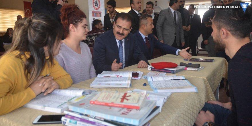 Hakkari Valisi Akbıyık Yüksekova'daydı