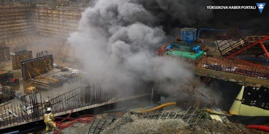 Kadıköy'de şantiye yangını: Patlama sesleri geliyor!