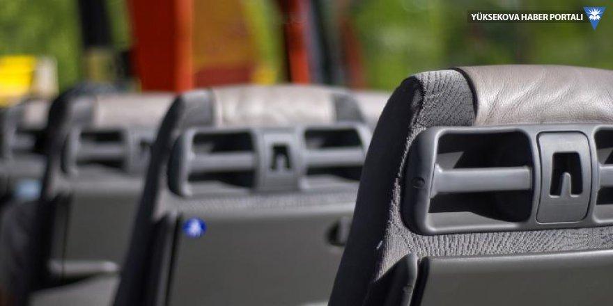 Istanbul'dan Van'a giden otobüs Erzurum'da durduruldu, Kovid-19 taşıyan 4 yolcu hastaneye sevk edildi