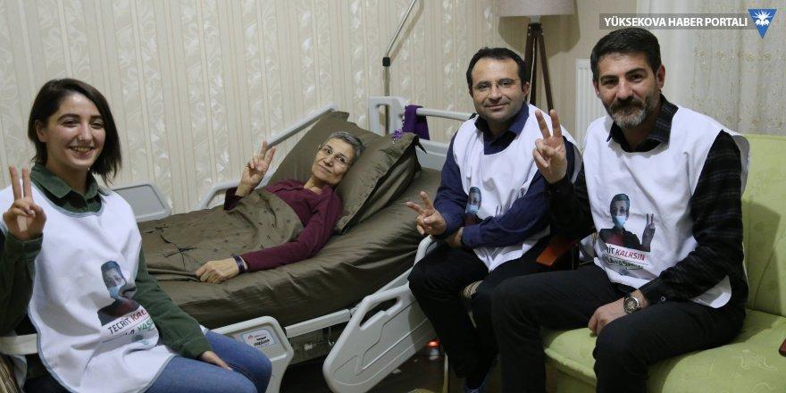 Açlık grevindeki HDP'li vekiller Leyla Güven'i ziyaret etti