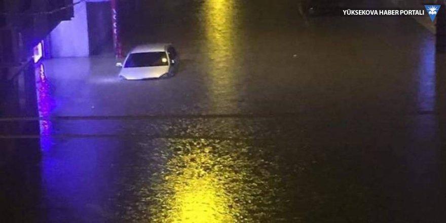 Cizre sular altında kaldı: 2 kişi yaşamını yitirdi