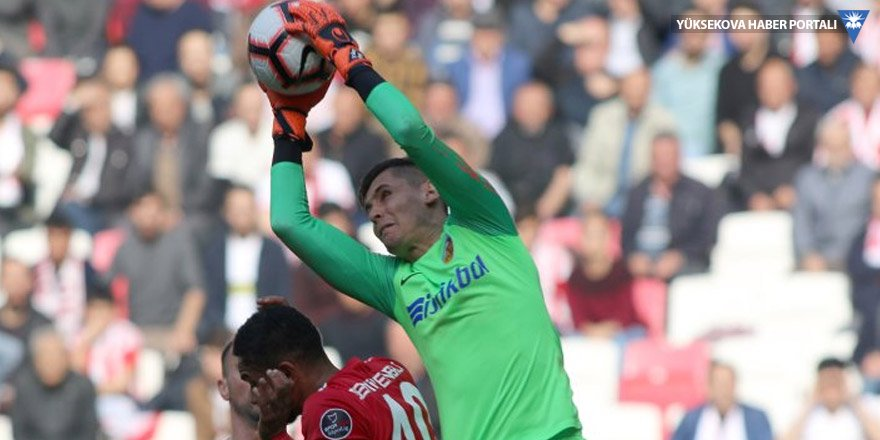 Kayserispor deplasmanda 3 golle kazandı