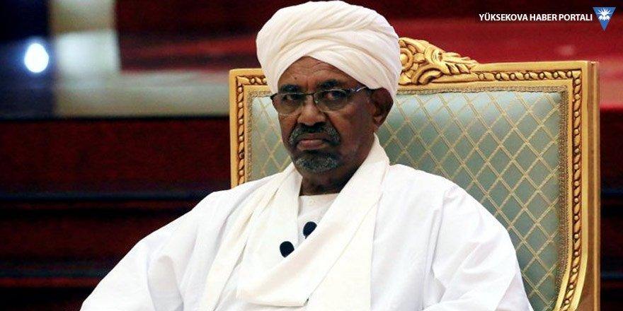 Sudan'ın eski diktatörü Beşir işkence ile ünlü cezaevine gönderildi