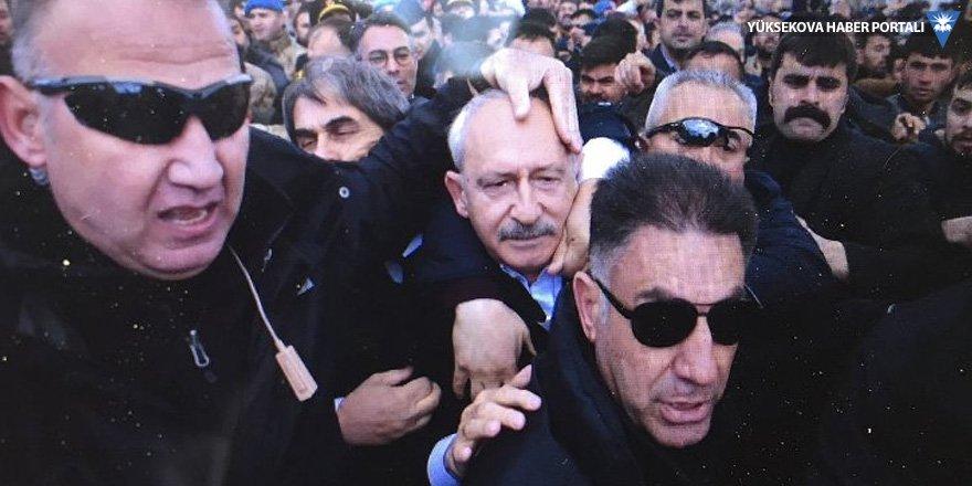 Kılıçdaroğlu'na asker cenazesinde saldırı