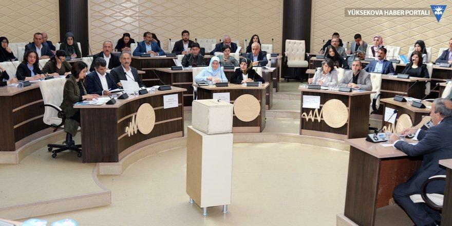Van Büyükşehir Belediyesi Meclisi, daimi meclis üyelerini seçti