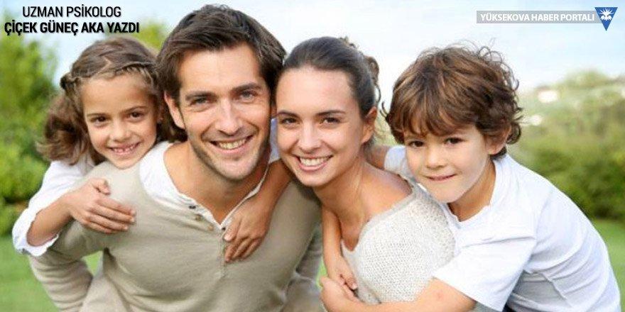 Anne, baba ve çocuklar…