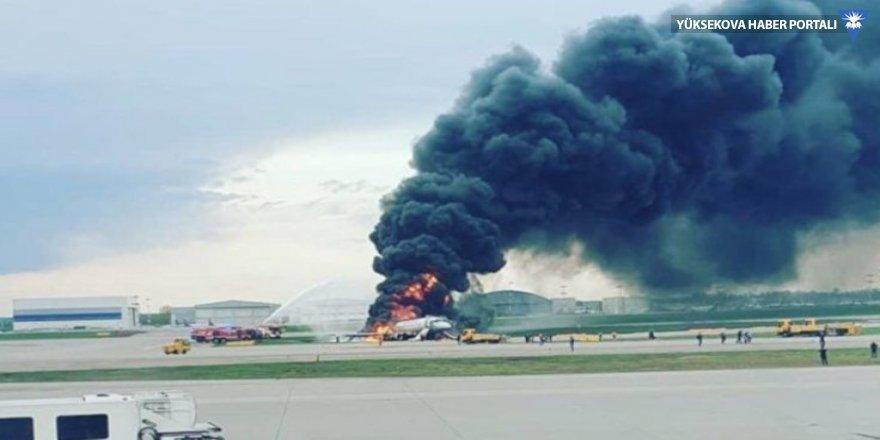 Rusya'da acil iniş yapan uçak yandı: En az 41 ölü