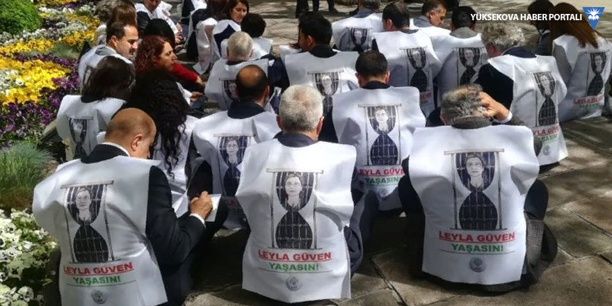 Açlık grevindeki vekiller: Tecridin tümden kaldırıldığı deklare edilsin