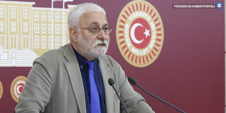 HDP: Yassıada'da Adnan Menderes, Ankara'da Kenan Evren olmakla demokrat olunmaz