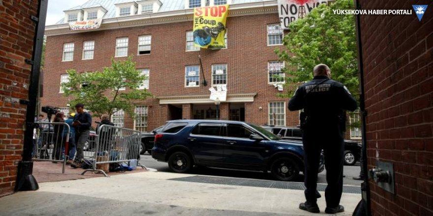 ABD, Venezuela'nın Washington Büyükelçiliğini boşaltacak