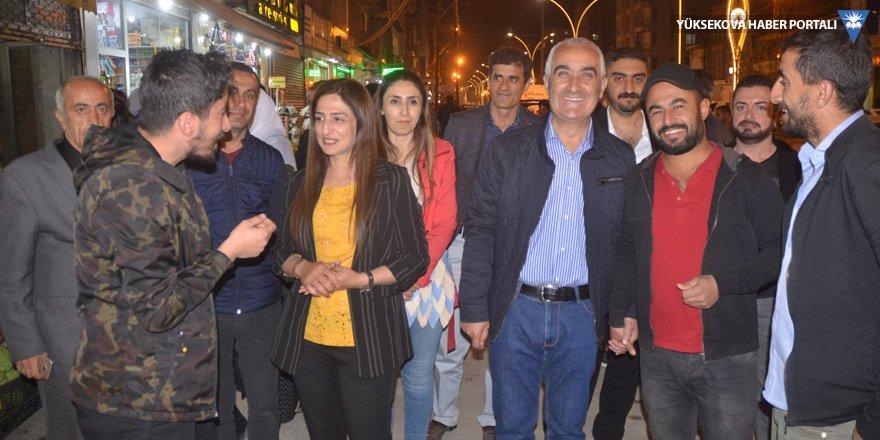 Eş Başkanlar Sarı ve Yaşar'dan esnaf ziyareti