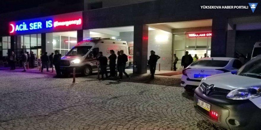 Bıçaklı saldırıya uğrayan belediye başkanı yaşamını yitirdi