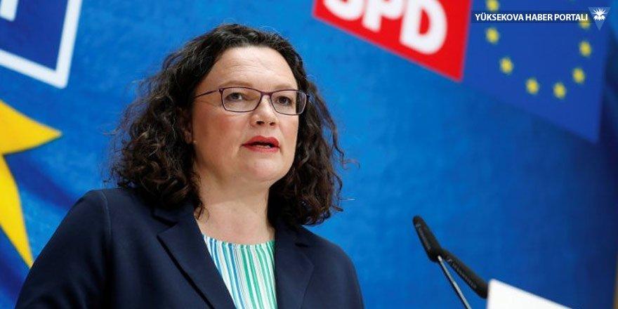 Almanya'da Sosyal Demokrat Parti karıştı