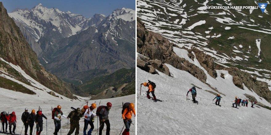 Bayramda, Cilo-Sat Dağları'na tırmandılar
