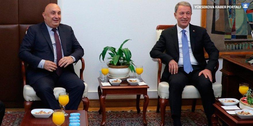 Hulusi Akar, CHP ve MHP'yi ziyaret etti