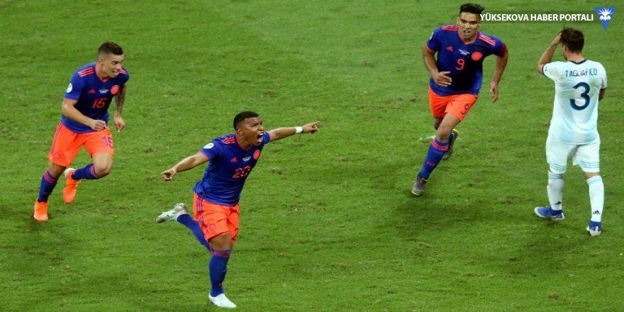 Kolombiya 20 yıl sonra Arjantin'i devirdi