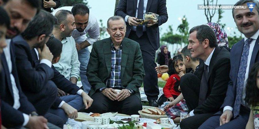 Abdulkadir Selvi: Erdoğan, bir arayış içinde