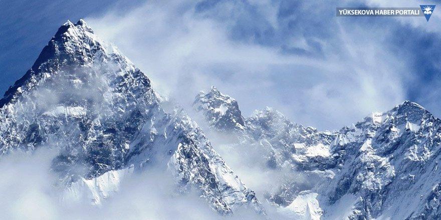 Himalayalar'da buzulların erime hızı son 40 yılda ikiye katlandı