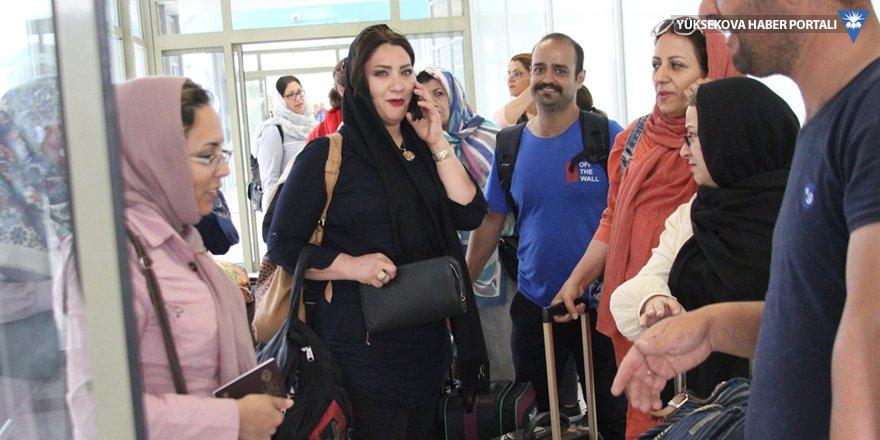 İranlı turistler Van'a gelmeye devam ediyor