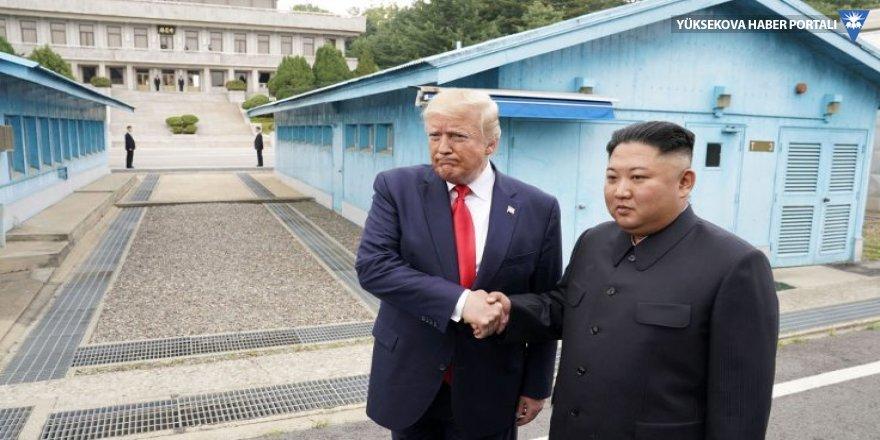 Tarihi 'ziyaret': Bir ABD başkanı Kuzey Kore'de!