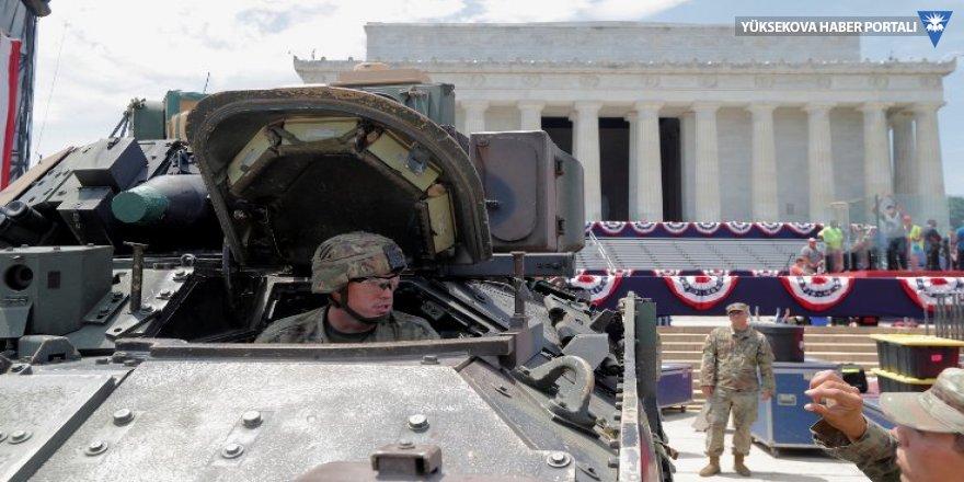 Trump tankları sokağa indirdi