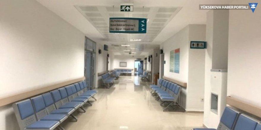Kimyasal madde iddiasıyla Ankara'da hastaneye girişler kapatıldı