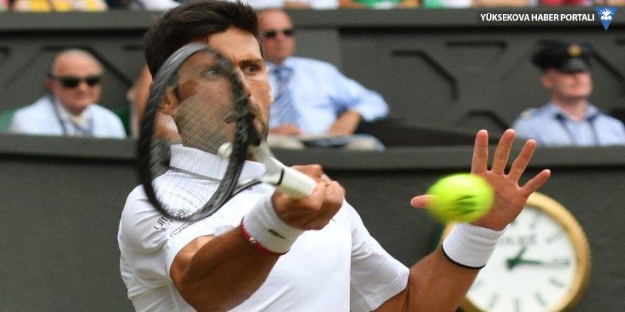 En uzun finalin sonunda şampiyon Djokovic