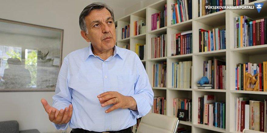 Bekir Ağırdır: AK Parti'de bir çözülme var